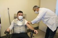 Korona Virüs Aşısı Yozgat'ta Sağlık Çalışanlarına Uygulanmaya Başladı