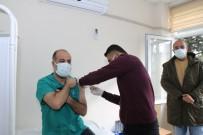 Şanlıurfa'da İlk Korona Aşısı Yapıldı