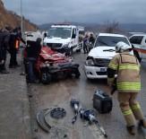 Tunceli-Elazığ Karayolunda Trafik Kazası Açıklaması 2 Ölü, 1 Yaralı