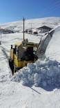 Büyükşehir'in 'Kar' Timi İlçede Kapalı Yol Bırakmıyor