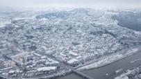 Amasya'ya Mevsimin İlk Karı Yağdı