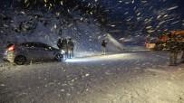 Kar Eğlencesi İçin Gittiler, Yolda Mahsur Kaldılar