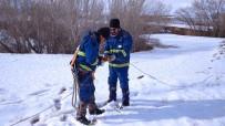 Kesintisiz Enerji İçin Karla Kaplı Arazide Mücade Devam Ediyor