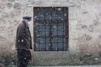 Sinop'ta 4 Yıllık Kar Hasreti Sona Erdi