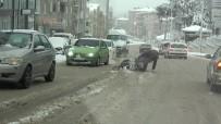 Sinop'ta Kar Kazalara Yol Açtı