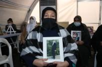 'Son Çarem Burası Kaldı' Diyen Anne, HDP Önündeki Evlat Nöbetine Katıldı