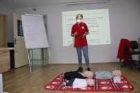 Türk Kızılay'ı Manisa Şubesi İlk Yardım Eğitim Merkezi İlk Eğitimini Verdi