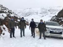 Yaban Keçileri İçin Doğaya Yem Bırakıldı