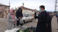 AK Partili Belediye Başkanından 'Şeffaf Belediyecilik' Örneği Açıklaması Çarşı-Pazar Gezip, Vatandaşa Hesap Verdi