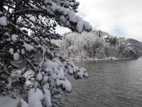 Küçükelmalı Tabiat Parkında Kar Yağışı Sonrası Kartpostallık Görüntüler