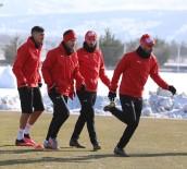 Sivasspor Eksi 8 Derecede İdman Yaptı