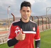 Yıldız Futbolcu Cicinho'dan Pato'ya Öneri Açıklaması 'Sivasspor'a Git'
