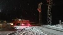 Yoğun Kar Yağışı Sebebiyle Mahsur Kalan 10 Tır Kurtarıldı