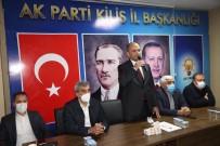 AK Parti'nin Yeni Yönetimi İlk Toplantısını Yaptı