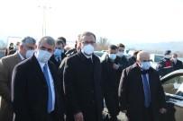 Bakan Kasapoğlu Çarşamba'da Spor Tesislerini İnceledi