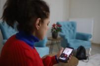 Annesi Depremde Hayatını Kaybetti, Kendi 16 Saat Sonra Kurtarıldı, Annesinden Geriye Bir Tek Video Kaldı