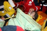 Enkazdan 28 Saat Sonra Kurtulan Anne Ayşe Ve Yüsra Bebek, Depremin İzleriyle Yaşıyor