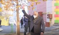 HDP Önünde 'Zafer İşareti' Gerginliği