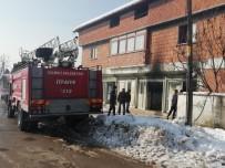 Mobilya Bakım Atölyesinde Çıkan Yangın Korkuttu