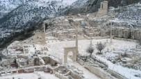 Sagalassos Antik Kenti Beyaza Büründü
