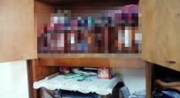 Sakarya'da İmalathane Gibi İki Eve Baskın Açıklaması 227 Adet Kaçak Alkol Şişesi Ele Geçirildi