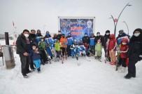 Sarıkamış'ta Minik Yürekler Kayakla Buluştu