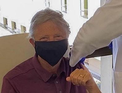 Bill Gates aşı oldu!