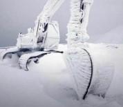 Eksi 20'De, İş Makinası Buz Tuttu!