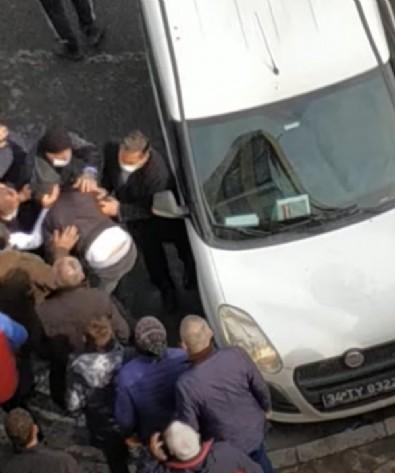 İstanbul'da dehşet! Magandalar otobüs şoförünü ve oğlunu hastanelik etti!