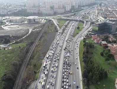 Kısıtlamaya saatler kala trafik kilitlendi!
