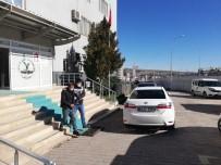 Polis Hırsızı 250 Saatlik Kamera Kaydını İnceleyerek Yakaladı