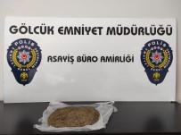 Sabıkalı Şahıs Polisten Kovalamacasında Uyuşturucuyla Yakalandı