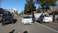 Diyarbakır, Sokağa Çıkma Kısıtlamasının İlk Gününde Sessizliğe Büründü