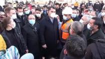 Bakan Kurum'dan Elazığ'da Depremzede Çocuğun Yaptığı Maket Eve Tam Not