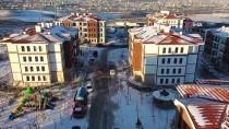 Bakan Kurum'dan, Elazığ'da Depremzedeler İçin Yapımı Süren Ve Tamamlanan Konutlarda İnceleme Açıklaması