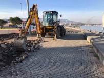Gölcük Kavaklı Sahil Caddesinde Çalışmalar Sürüyor