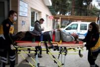 Kula'da 2 Farklı Kazada Toplam 7 Kişi Yaralandı
