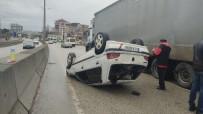 Minibüsle Çarpışan Otomobil Takla Attı Açıklaması 2 Yaralı