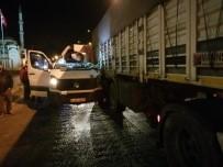 Susurluk'ta Trafik Kazası Açıklaması 1 Yaralı