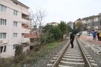 Tünel İnşaatındaki Patlatma Sırasında Evler Zarar Gördü