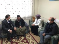 Burhaniye'de Kaymakam Memiş Yaşlıları Ziyaret Ediyor