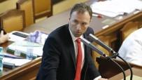 Çekya'da Covid-19 Kısıtlamalarını İhlal Eden Milletvekili İstifa Edeceğini Açıkladı
