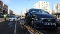 Diyarbakır'da Kayganlaşan Yolda Zincirleme Trafik Kazası Açıklaması 1 Yaralı
