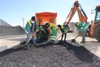Karaköprü'de Yol Seferberliği Hız Kesmiyor