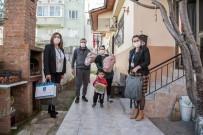 Kuşadası'nda Yılın İlk ' Hoş Geldin Bebek' Ziyareti İkizlere Yapıldı