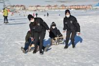 Sarıkamış Polis Gücü Spor Kulübünün Kayak Eğitimi Devam Ediyor