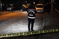 Sokak Ortasında Silahlı Saldırı Açıklaması 2 Yaralı