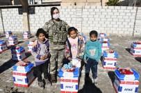Türk Silahlı Kuvvetleri'nden Rasulaynlı İhtiyaç Sahiplerine Gıda Yardımı