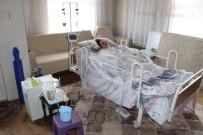Doğumda İki Kez Kalbi Duran Kadın Hayata Döndürüldü Ancak Yatağa Bağımlı Hale Geldi