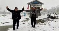 Dursunbey'de Kar Yağışı İlçeyi Kısa Sürede Beyaza Bürüdü